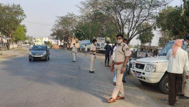 Photo of सूरजपुर:कोरोना संक्रमण के बढ़ते मामलों के मद्देनजर *पुलिस अधीक्षक राजेश कुकरेजा* के निर्देश पर जिले की पुलिस विभिन्न माध्यमों से नागरिकों को संक्रमण से बचाने हेतु जागरूकता अभियान चलाया जा रहा है।